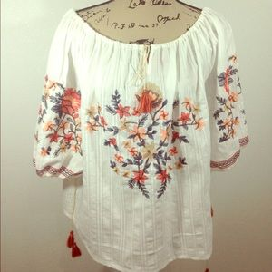Chic wish Boho off shoulder embroidered top L/XL